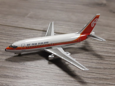 1:400 AEROCLASSICS AIR NEW ZEALAND B737-200 ZK-NAK