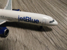 Load image into Gallery viewer, 1:400 AEROCLASSICS JETBLUE A321 NEO N2002J