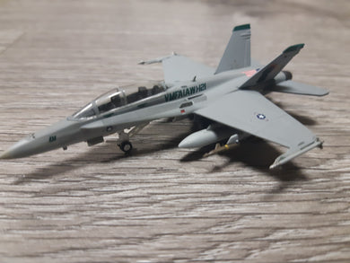 1:200 HOGAN US Marines VMFA(AW)-121