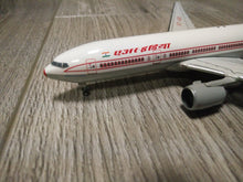 Load image into Gallery viewer, 1:400 GEMINI AIR INDIA B777-200ER VT-AIK