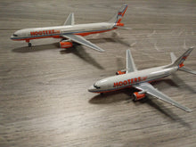 Load image into Gallery viewer, 1:400 GEMINI HOOTERS AIR B737-300 & B757-200