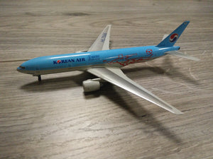 1:400 DRAGON KOREAN AIR B777-200 HL7598