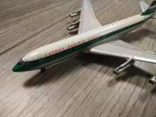 Load image into Gallery viewer, 1:400 AERO CATHAY PACIFIC CARGO B707 VR-HGQ