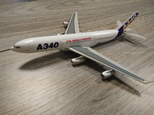 Load image into Gallery viewer, 1:400 DRAGON AIRBUS HOUSE LIVERY A340-200 F-WWBA
