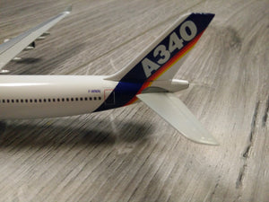 1:400 DRAGON AIRBUS HOUSE LIVERY A340-300 TESTBED F-WWAI
