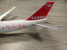 Load image into Gallery viewer, 1:400 HERPA NORTHWEST AIRLINES CARGO B747-200F N643NW