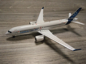 1:400 HERPA HOUSE COLORS A220-300 C-FFDO