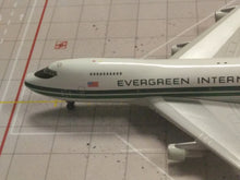 Load image into Gallery viewer, 1:400 GEMINI EVERGREEN B747-200F N482EV