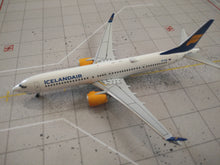 Load image into Gallery viewer, 1:400 AEROCLASSICS  ICELANDAIR B737 MAX 8 TF-ICA