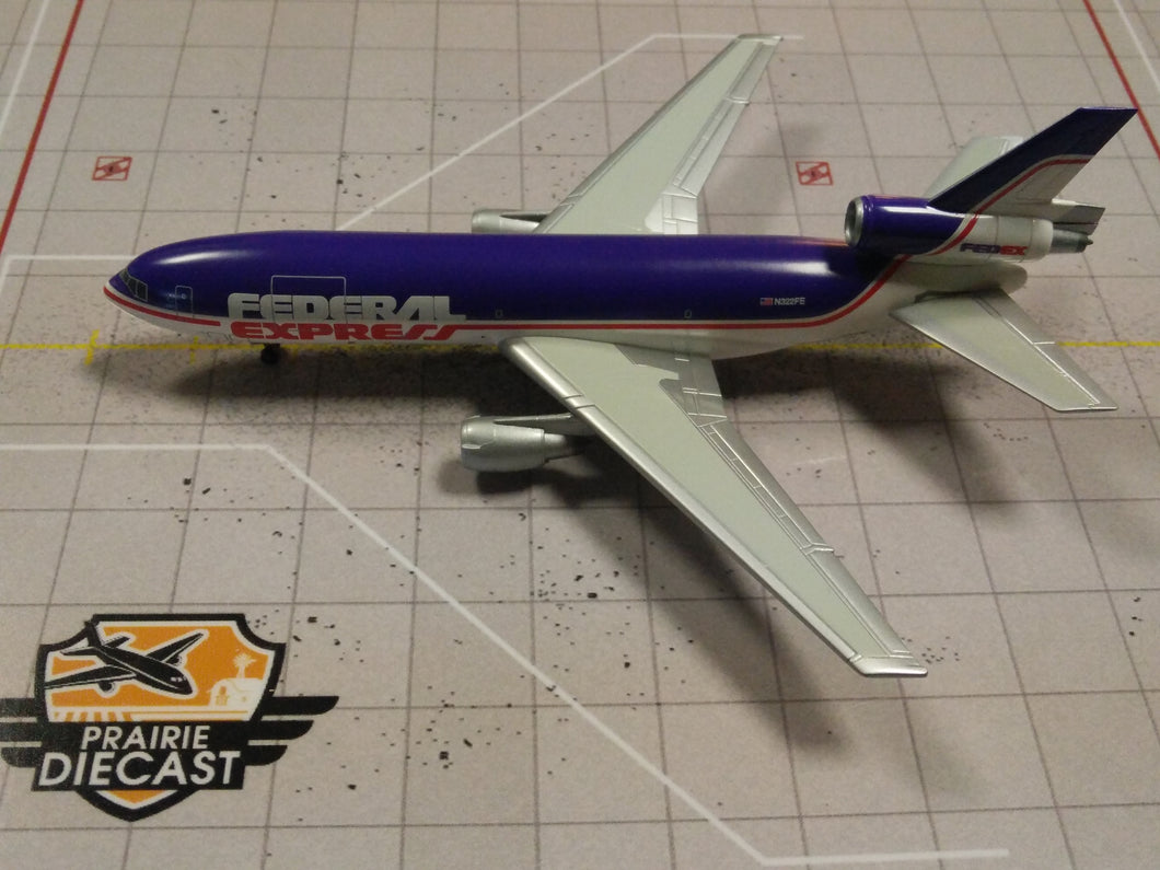 1:400 DRAGON FEDEX DC-10-30 N322FE