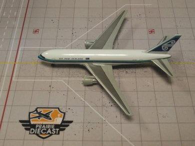 1:400 DRAGON AIR NEW ZEALAND B767-219 ZK-NBA