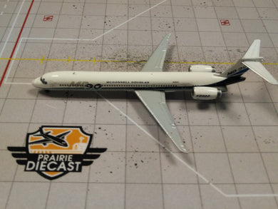 1:400 JC BOEING MD-90 HOUSE LIVERY N901DC