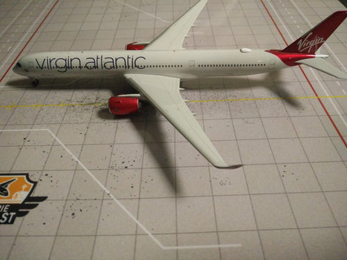 1:400 PHOENIX VIRGIN ATLANTIC A350-1000 G-VLUX