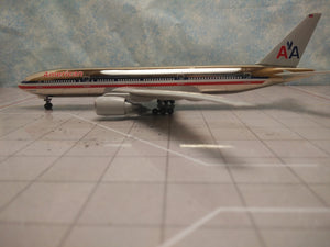 "1:400 DRAGON AMERICAN B777-200 ""777 LUXURY LINER"""