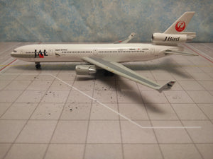 1:400 DRAGON J-BIRD JAL MD-11 JA8589