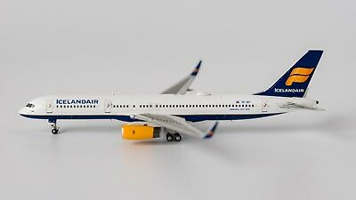 1:400 NG ICELANDAIR B757-200 TF-ISF