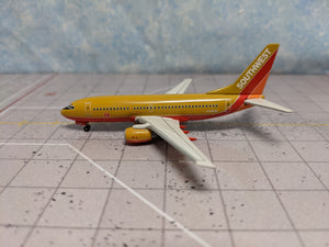 1:400 DRAGON SOUTHWEST B737-700 N739GB