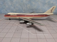 Load image into Gallery viewer, 1:400 DRAGON PEOPLE EXPRESS B747-200 N605PE