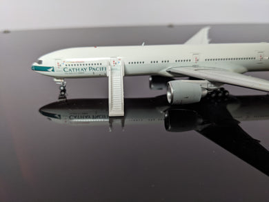 1:400 WINGS400 AIR STAIRS (777) WHITE