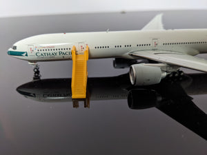 1:400 WINGS400 AIR STAIRS (777) YELLOW
