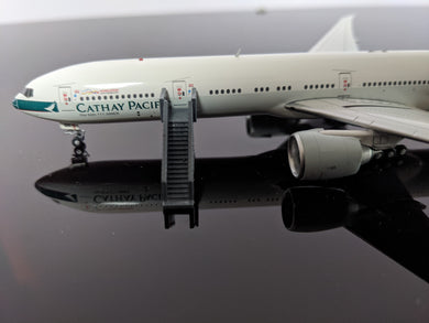 1:400 WINGS400 AIR STAIRS (777) GREY