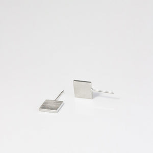 Flat Square Earrings - beeshaus