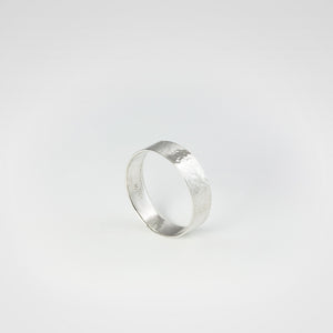 Hammered Narrow Ring - beeshaus