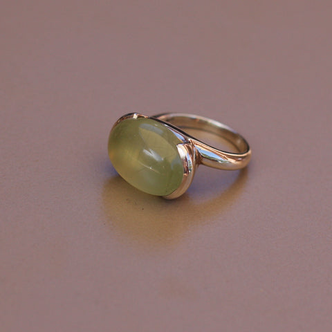 Prehnite and Sterling Silver Oval Ring - SilverBellas