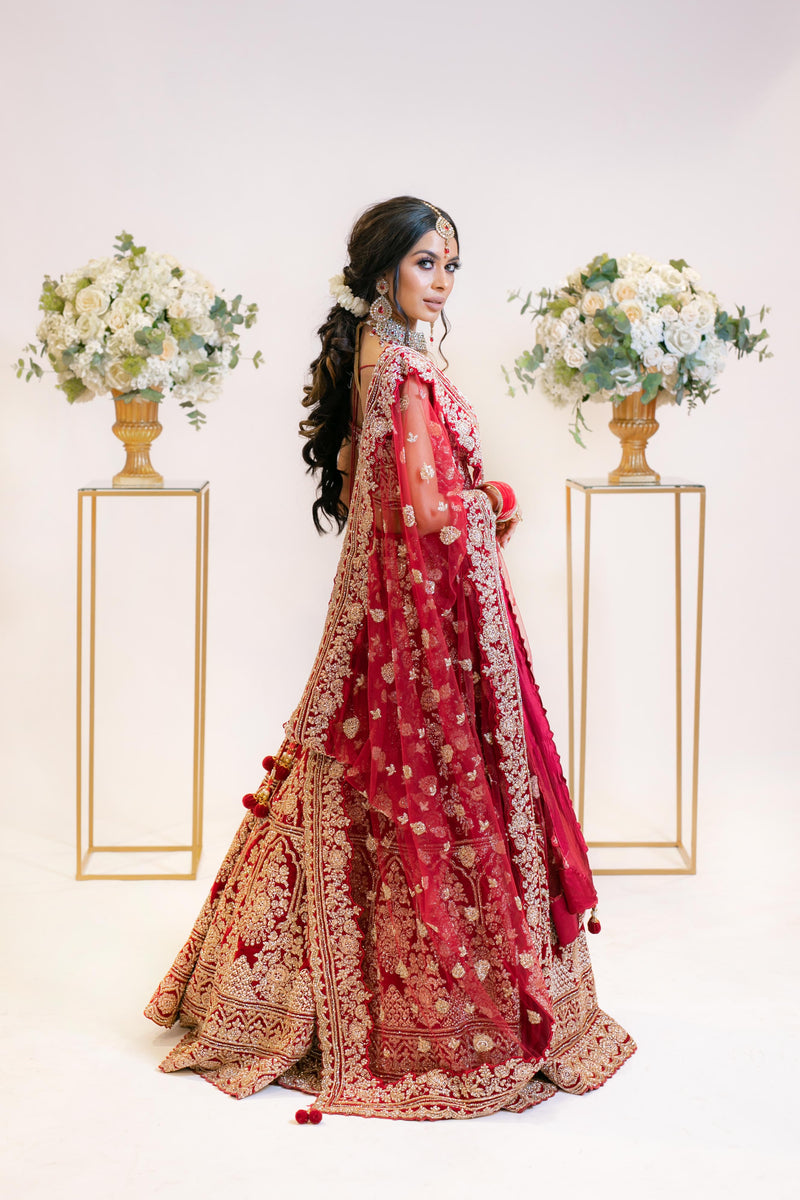 Dark Red Bridal Lehenga: Dupatta