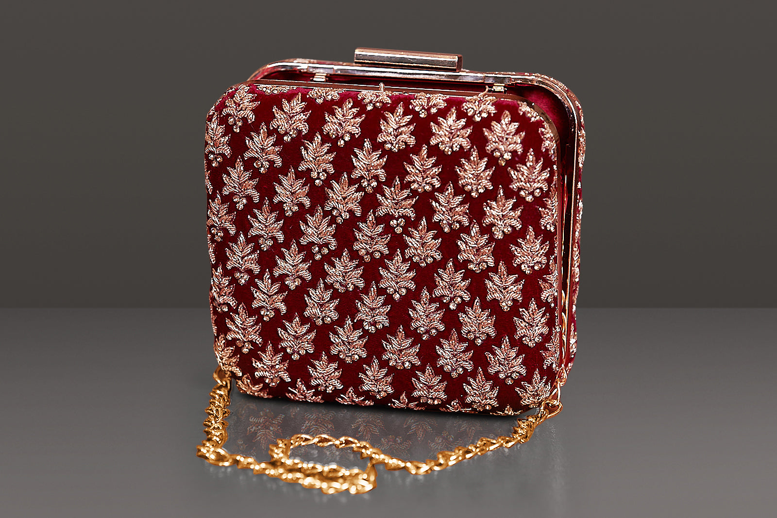 MAROON VELVET BOTH SIDED HEAVY DABKA EMBROIDERY IN A SQUARE METAL FRAME