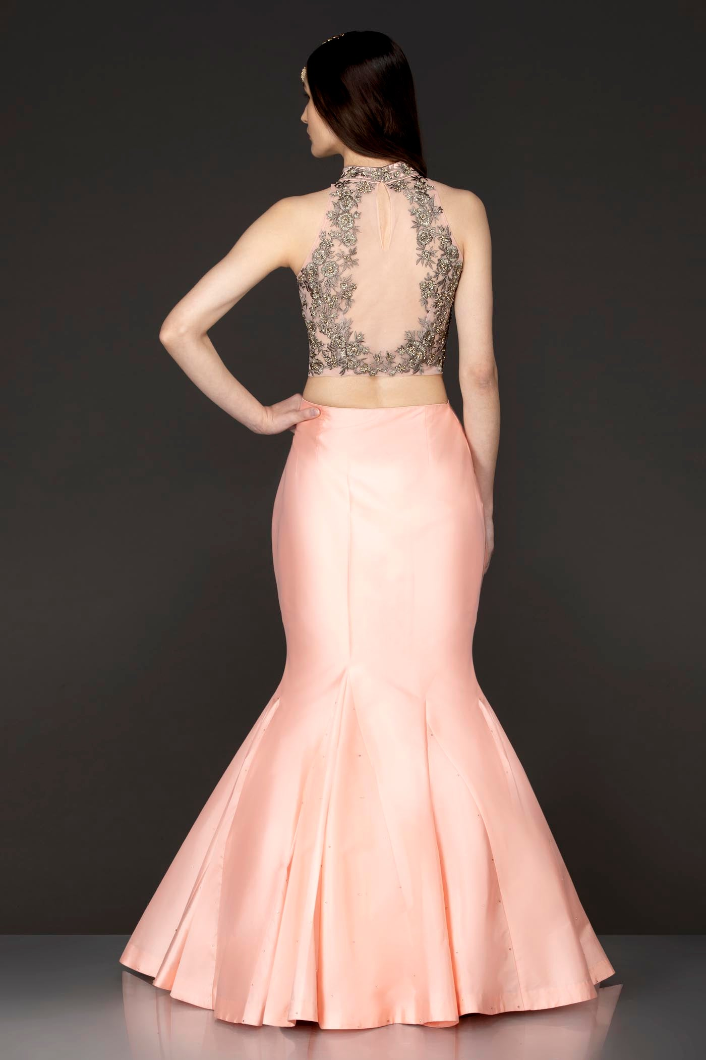 Peach Halter Neck Top With Silk Fish Cut Silk With Box Pleats In The Ghera