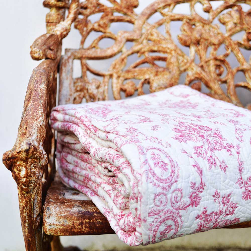 Rose Floral Quilted Bedspread