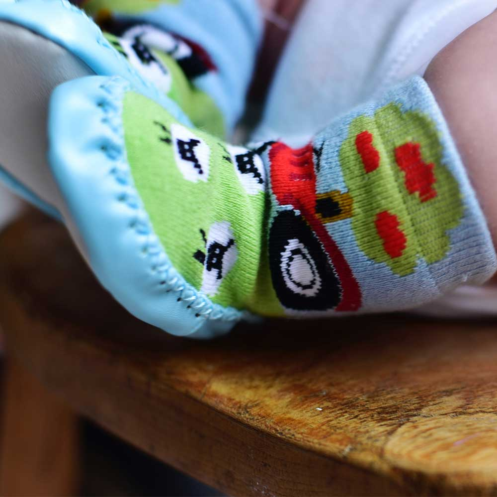 farmyard and tractor motif moccasin slippers from powell craft