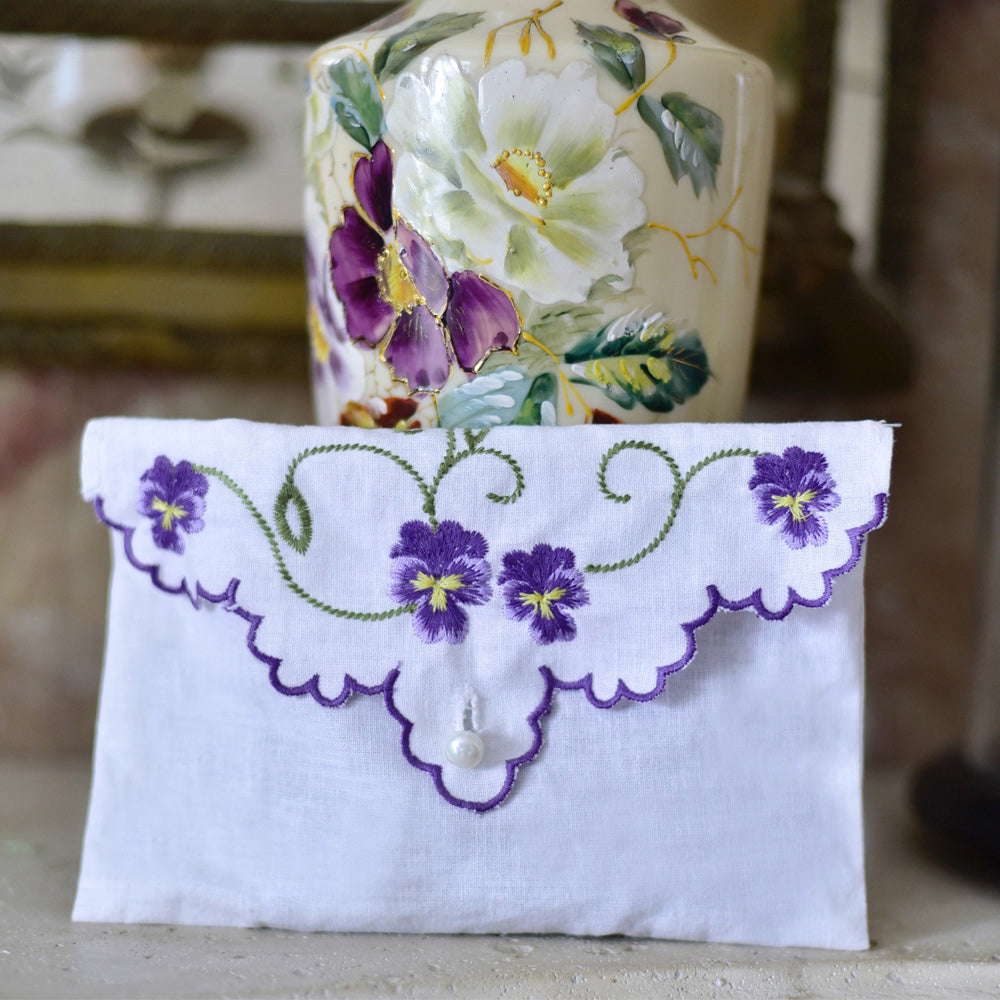 Pack of 3 Lavender Filled Pansy Embroidered Envelope