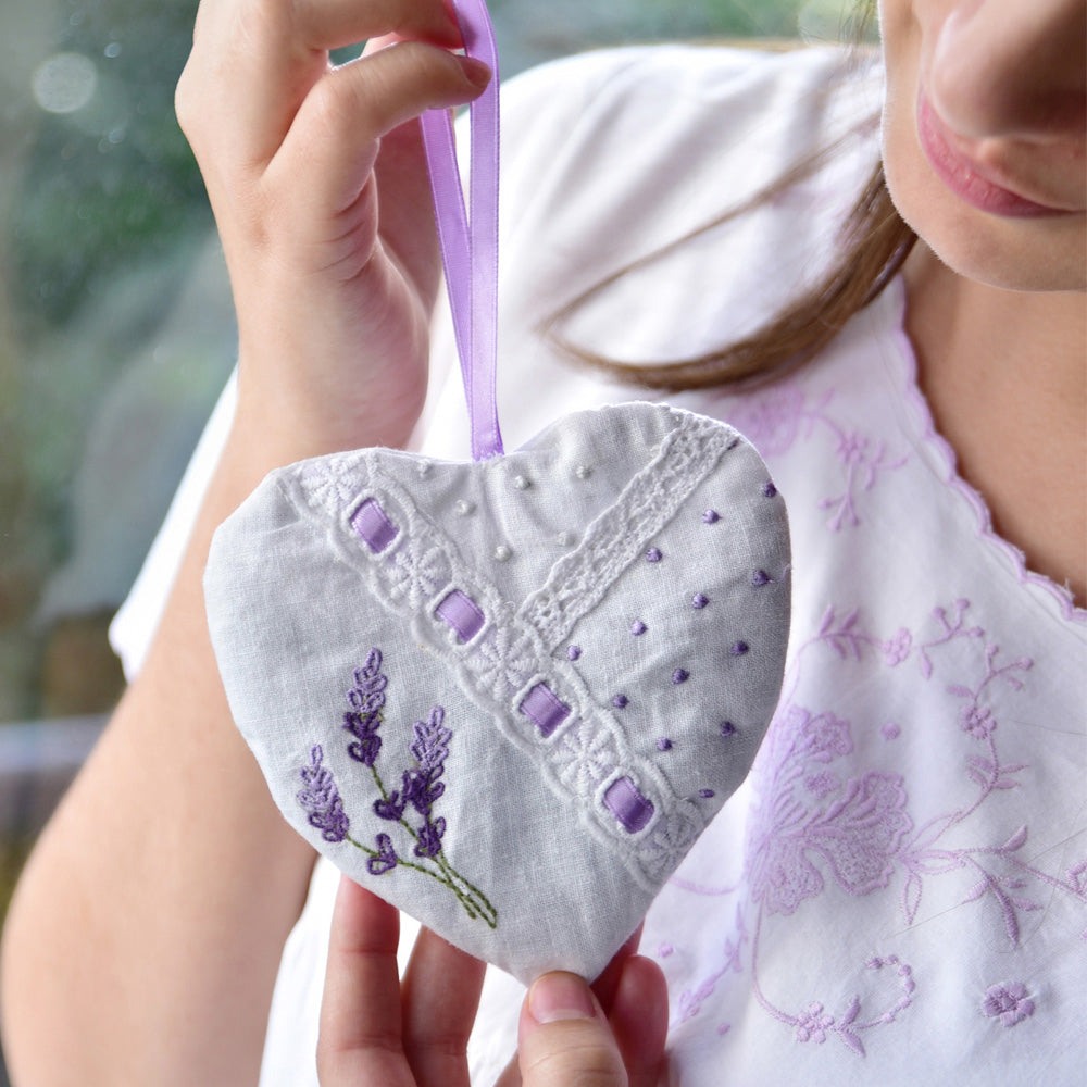 Pack of 3 Mixed Embroidered Lavender Heart