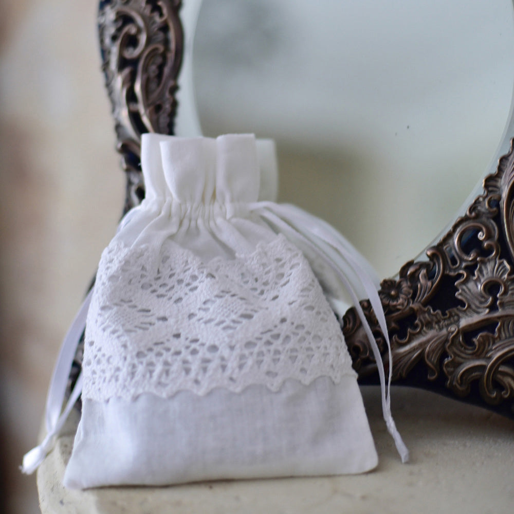 Pack of 3 Lace Trim Lavender Sachet with Flower Buttons