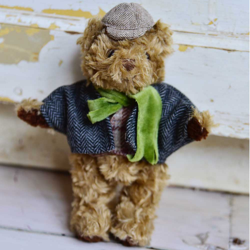 mini teddy bear detective by powell craft