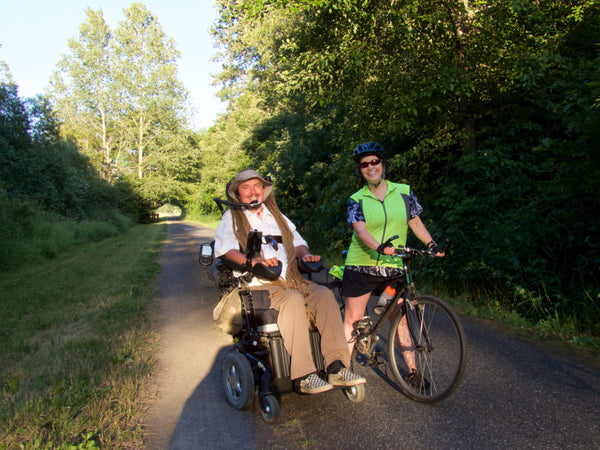 Chatting with cyclist Nancy Kohn on the Olympic Discovery Trail.