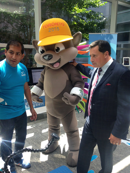 Tecla CEO Mauricio Meza with Hon. Brad Duguid, Minister of Economic Development, Employment and Infrastructure