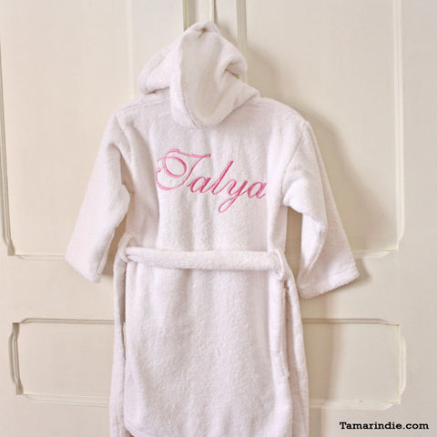 ... Thick White Hooded Bathrobe for Grownups or Kids 692fb09ad