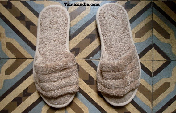 Beige Towel Slippers|شبشب او حذاء بيت لون بيج