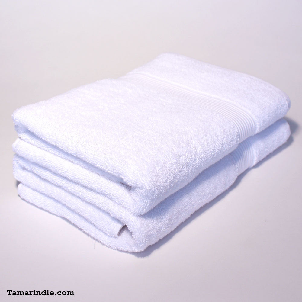 Set of Two Large White Towels|منشفتان كبيرتان لونهما أبيض