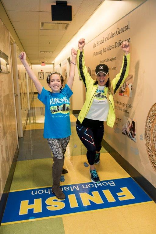 SparkleSister Runs to Fight Kids' Cancer