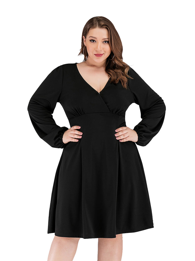 Plus Size Long Sleeve V-neck Knee-length Swing Dress