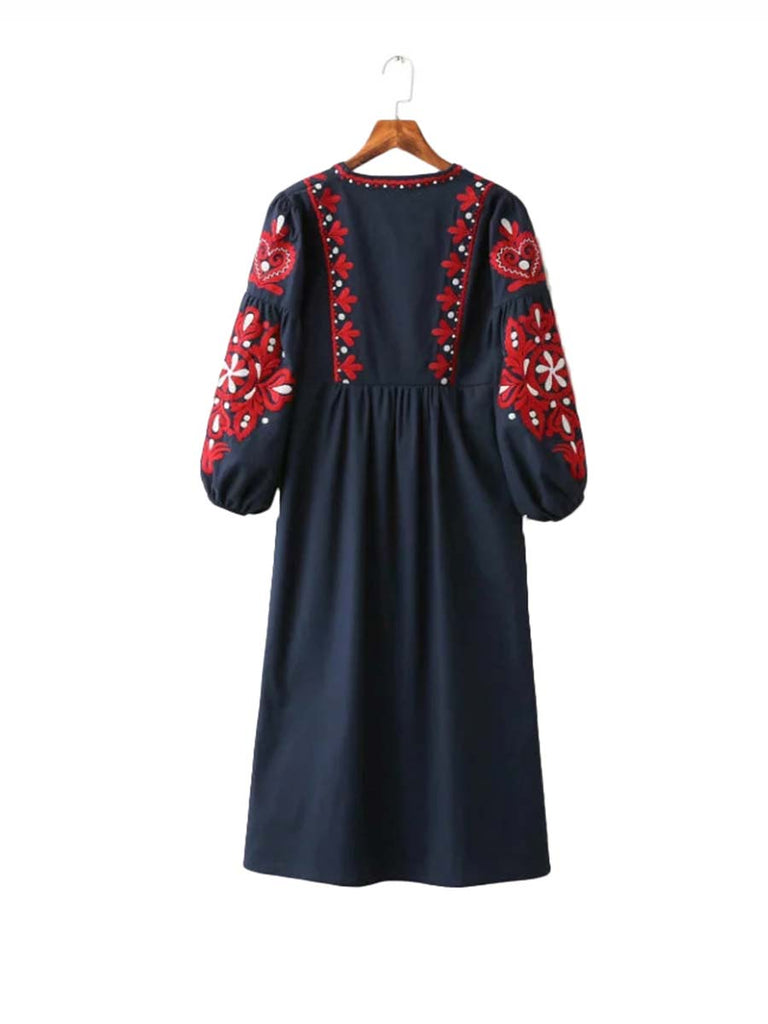 Bohemia Dress Floral Embroidery Drawstring Tie Tassels Long Sleeve Dress