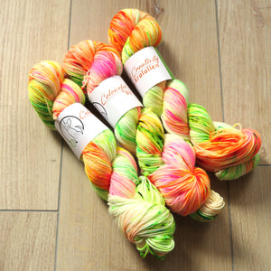 Brighten up your day – Smooth Sock