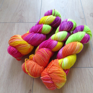 Club Tropicana – Soft Sock