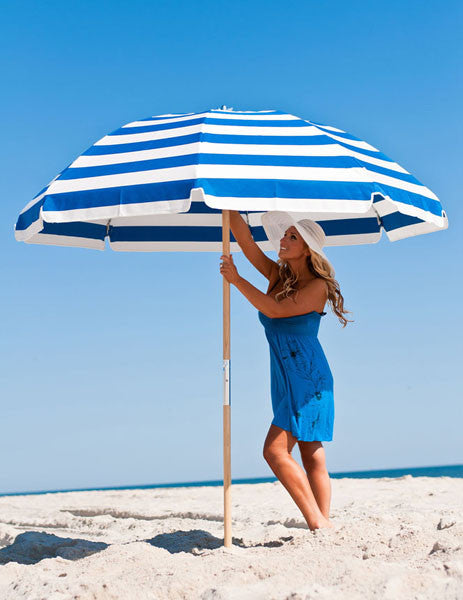 7.5 ft Sunbrella Beach Umbrella w/Carry Bag - Wood