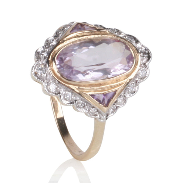 4.7ct of Amethyst Gems Set in 9ct Yellow Gold with 18 Brilliant Cut White Diamonds