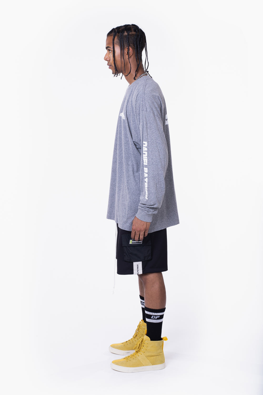 moving mountains l/s tee / heather grey